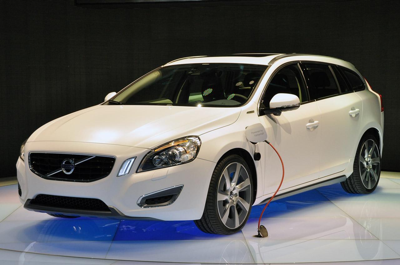 Volvo V60 Plug In Hybrid en el Salón de Ginebra 2011
