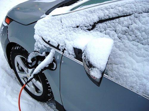 Chevrolet Volt con nieve