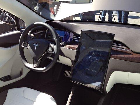 Pantalla táctil de 17 pulgadas del Tesla Model X